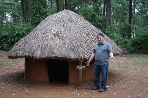 Luo Husband Hut