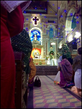 Midnight mass at Santa Cruz Catherdral in Kochi