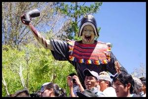 Statue in the plaza in Tarabuco