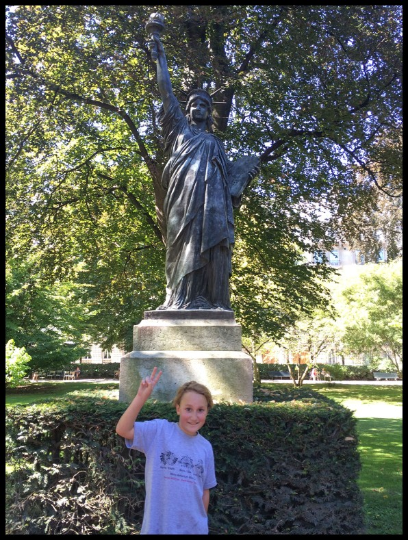 We found the Statute of Liberty in Paris!