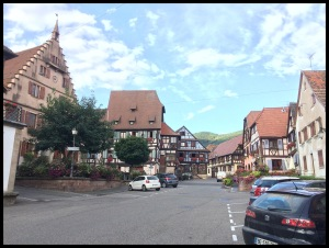 """Downtown"" Dambach La Ville"