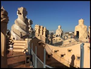 la-use-this-sagrada-family-rooftop